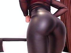 Hot boy jerk polla grande en webcam show