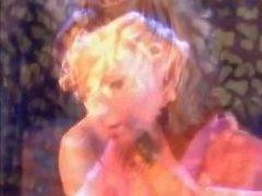 Джудит Костнер и Дорина с горячим лесбиянкой в ванной