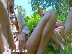 Los tres virgenes bielorruso masturbandose