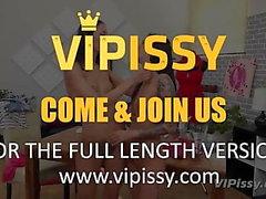Vipissy - Piss Требуемая модель - Лесбийская моча