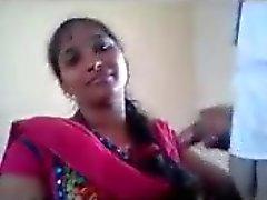 SouthIndia fille se faire coq dans sa bouche classe