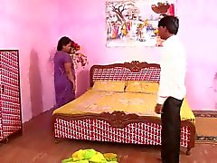 Kuuma ja povekas N.Indian Aunty s tissit tutti ramppi