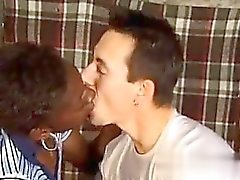 Afrikanische Frau ficken einen Weißen - My Babe aus CHEAT -DATE .