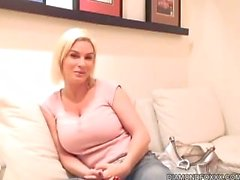 Diamond Foxxx 1 on 1 Interview For the Fans