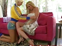 Puma Swede in Girl mit Girl Strapon Fun!