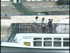 Bonnasse enculé sur un yacht