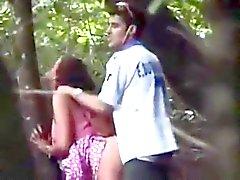 Молодая пара пойман гребаный приобретает