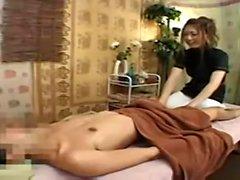 Japanische Teenager-Mädchen Massage