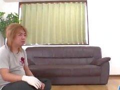 Нацухо наверняка любит сосать до того, как трахается как сумасшедший