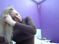 У блондинки есть сиськи