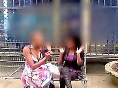 línguas amador africanas chunky amiga lésbica na chuveiro