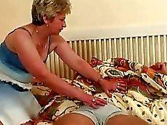 Enorme Seios loura A avó Tirar Ssw O ...
