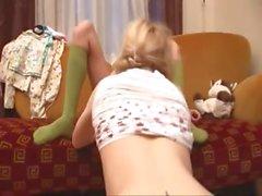 Lanet iki petite belarusian kız