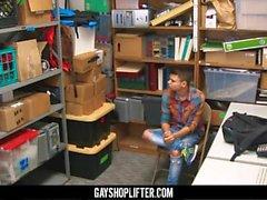 GayShoplifter - Twink shoplifter мальчик, снятый охранником