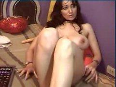 la muchacha imponente persa de de grandes senos juegan en show webcam - casero