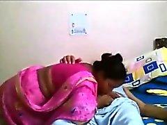 Индийский Деси быстрого ебет с дедушкой Saree нового видео, которое у меня