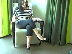 Housewife Pies masturbación shoejob