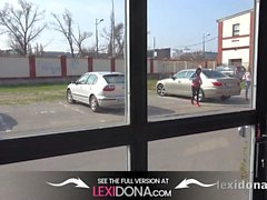 Lexidona - Hot babe Lexi Dona e Gina Gerson chupar pau