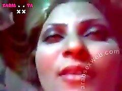 arab irakisch Milf mit riesigen Titten gefickt sarmotaxxcom