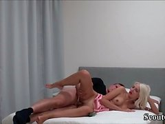 ADOLS ALLEMAND EXTREM SEXE AVEC INSERTION ANAL et DICK IN PUSSY