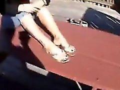 Зрелые женщины показывает свой Ножки и стоп