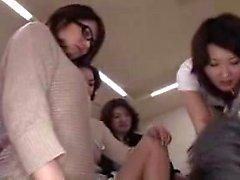 senhoras japonesas insaciáveis compartilhar sua paixão pelo pênis em
