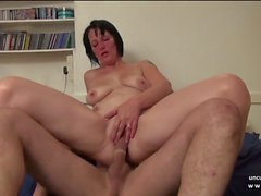 Amateur Banged MILF francés puño Sodomized n facialized