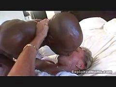 reifen interracial milf