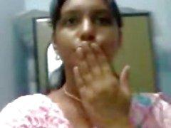 neelima kuuma 24-vuotiaat Pondichery