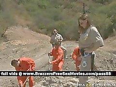 COP roux Nasty veille de certains prisonniers