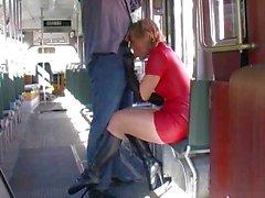 des bottes le latex le rouge la jupe de danse coups de