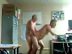 Papi and Grandpa la diversión