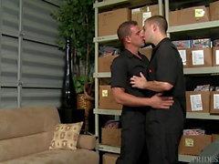 Big Дика Daddy Друзей Make A Porno на работе