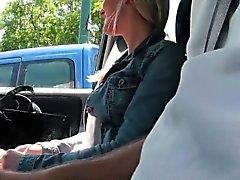 Vaaleat Czech teini bangs auto POV jossa stranger