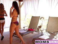 Hot Mom Brandi Amor, filha aidra fox & Boyfriend Foda