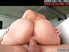 Big Facial For Alexis Texas Butt-Woman