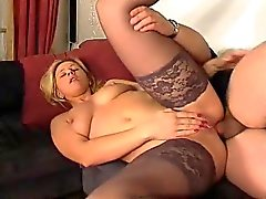 De Hottie Blonde Stockings baise anal