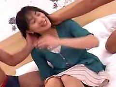 Lustful dame japonaise a deux garçons l'accomplissement de ses désirs o