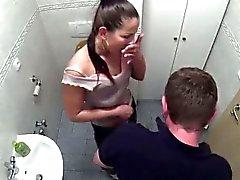 Braunhaarig Patientin Erhalten im Badezimmer gebumst