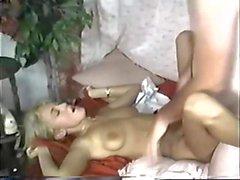 Blonde largas uñas de vídeo 1