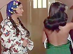 arabi egyptiläinen näyttelijä lesbo kohtaus 2 tata tota lesbo blogi