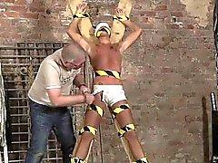 hunks Asie séduit dans les gay le sexe premier des Esclaves de Garçon Faites T