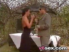 Şehvetli Ordu Lady v6sex ücretsiz porno arama