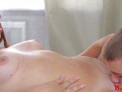 18 Videoz - Diana Dali - Teeny ja hänen bf nauttivat kuumasta seksiä