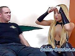 Sasha- Mond - Min erster Sklave - Facesitting, Strapon uvm