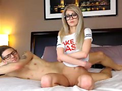 ShesNew Amateur blonde Teen Chloe Brooke rasiert pu