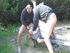 Piscia la nonna viene violentato da due ...