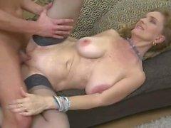 Raina W (50) Kåt Busty Mature