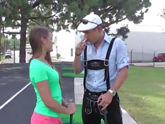 Magma Film Golf spielen Abby Kreuz