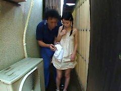 Japon kıllı dallama parmaklıyor
